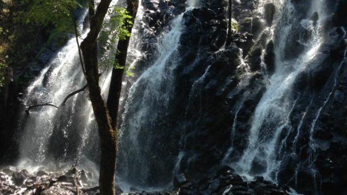 0943ae4016 Visitando la hermosa Cascada Velo de Novia en Valle de Bravo ...